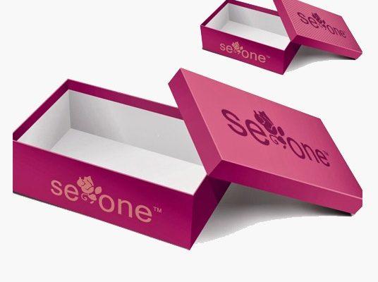 In hộp giấy theo yêu cầu với màu sắc ấn tượng
