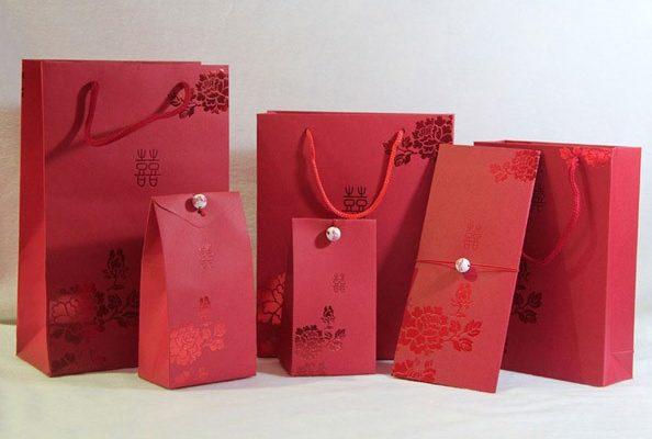In túi giấy đựng quà đảm bảo mọi yếu tố hình ảnh và thiết kế