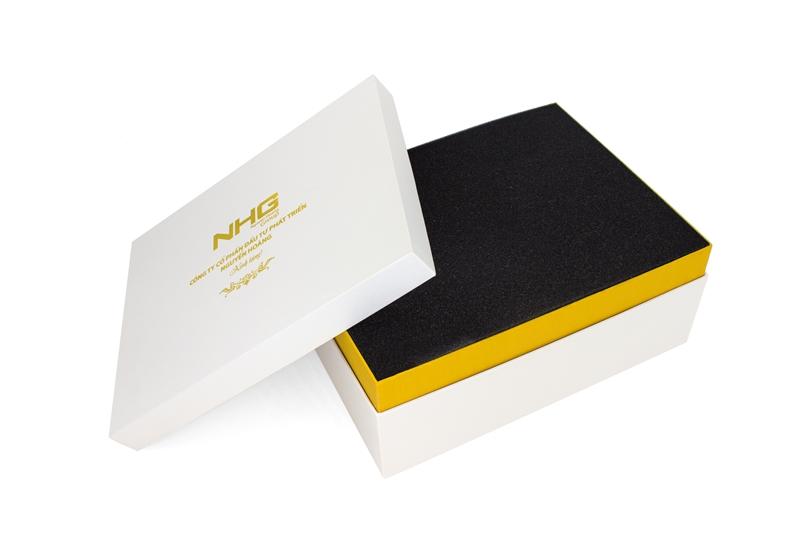 Dịch vụ in vỏ hộp quà tặng mẫu mã đẹp